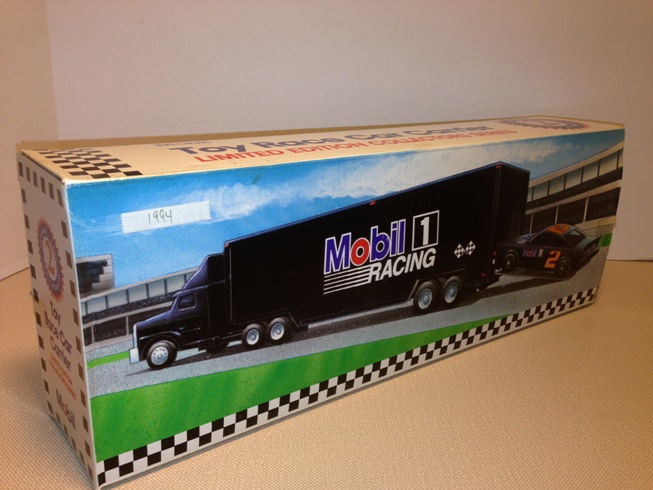 1994 Mobile Toy Race Car Carrier (1)