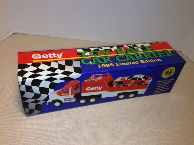 1995 Getty Toy Race Car Carrier (2)